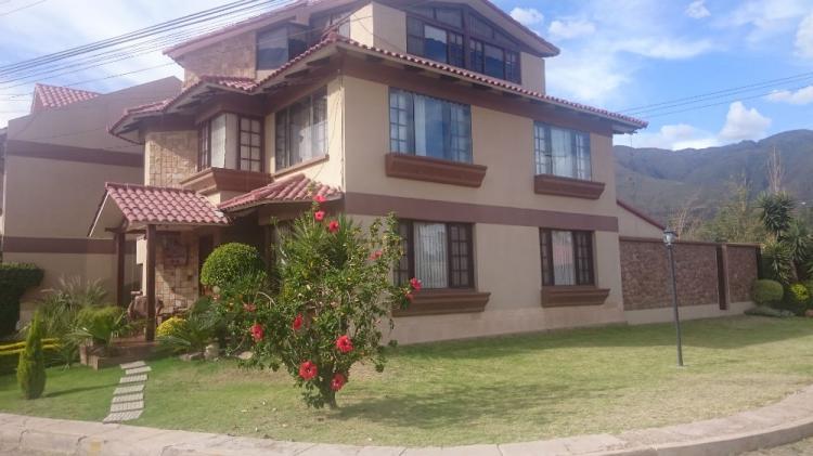 Hermosa casa en condominio cav863 for Piani casa del sud con foto