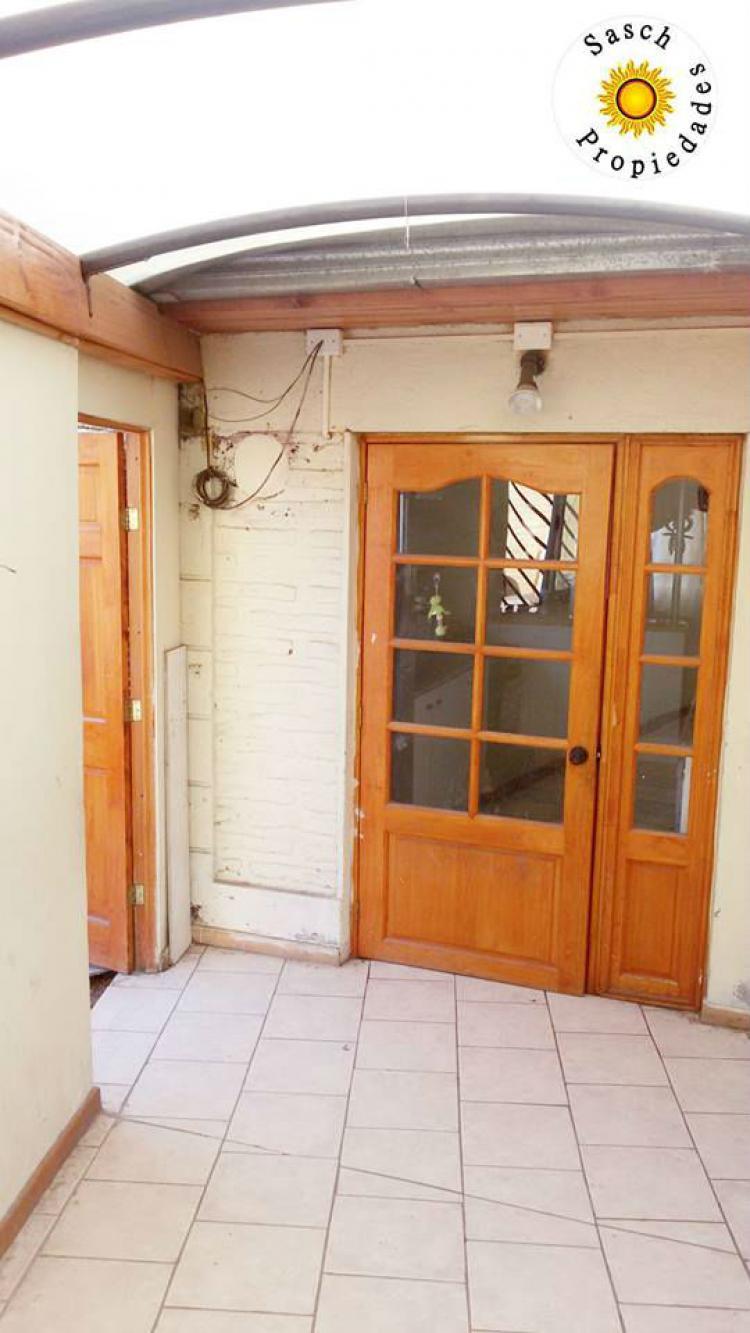 Fotos de casa en quinta normal con departamento interior for Departamento interior