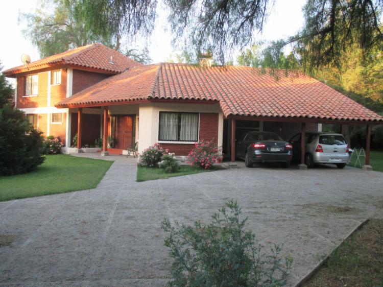 Casa estilo colonial totalmente solida de 255 m2 construidos en ...