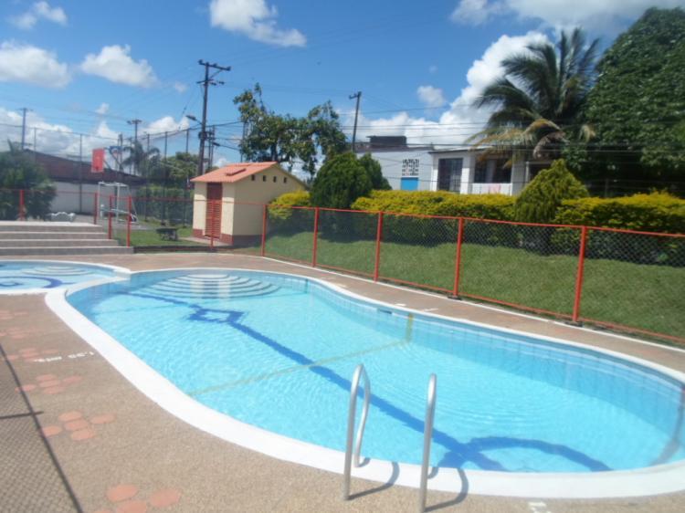 Se vende hermosa casa conjunto piscina econ mica oferta for Oferta piscinas bricomart