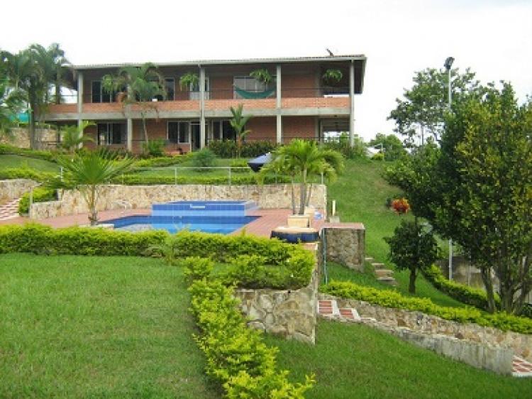 Venta finca villa daniela en la reforma cali fiv45923 for Casas para la venta en ciudad jardin cali colombia