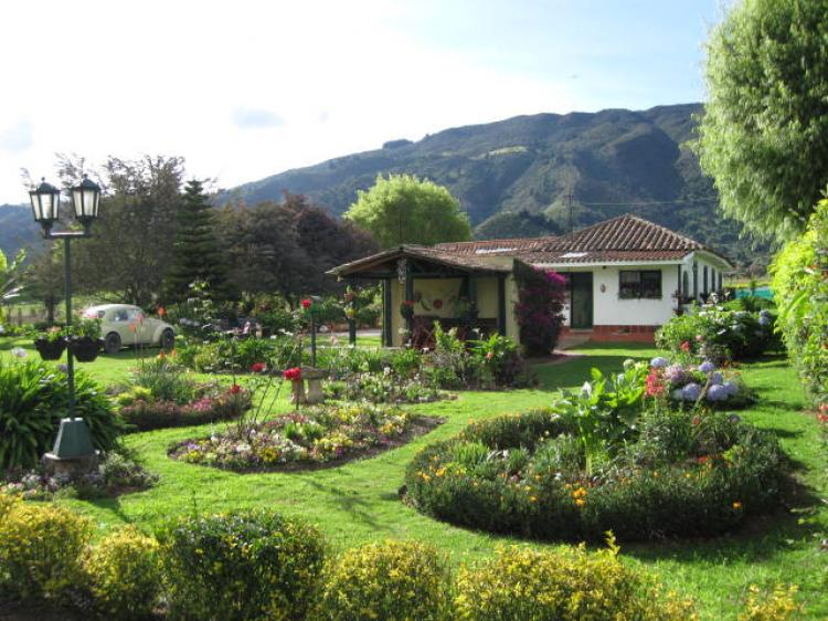 Casa campestre en tenjo cav5119 for Arriendo casa para jardin infantil
