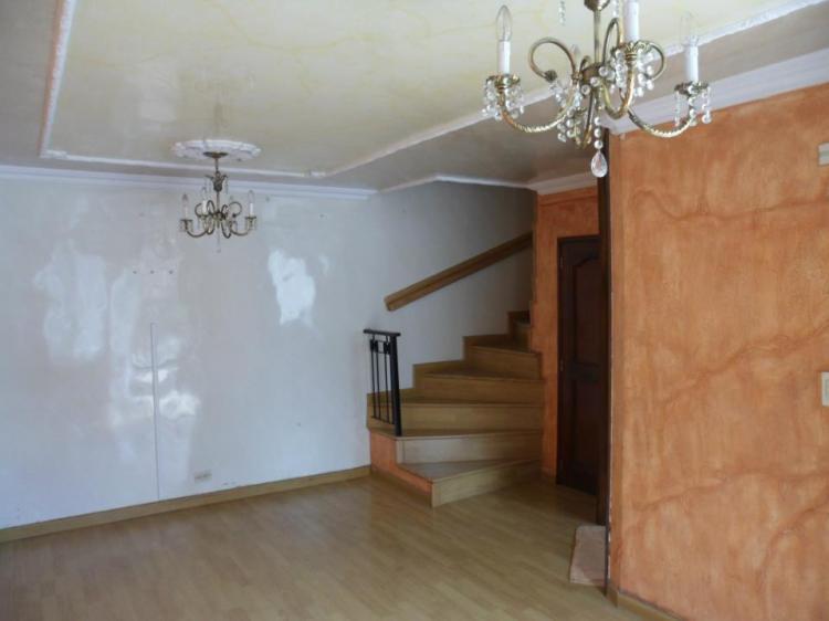 Hermosa casa con jacuzzi en terrazas de castilla cav46716 for Terrazas de kennedy