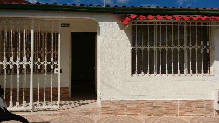 Venta casa en fusagasuga cav46750 for Piscina ramirez granada