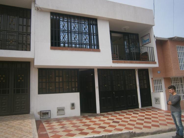 Fusagasuga excelente casa de dos pisos independientes y Casas con terrazas en segundo piso