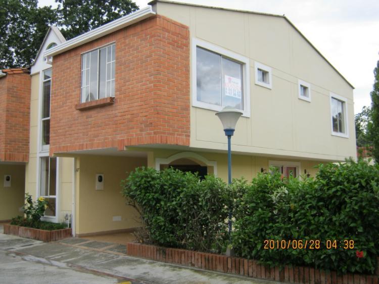 Vendo hermosa casa en quintas de ca averal unica en el - Conjunto exterior jardin ...