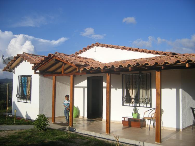 Vencambio hermosa casa finca cerca a medellin cav50007 for Casas en la finca