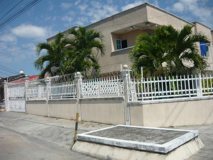 Espectacular casa de esquina 269 mt2 ciudad jard n for Casa en ciudad jardin