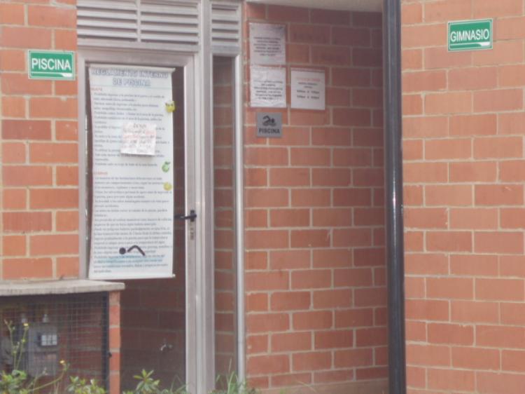 Excelente oportunidad apartamento 2 habitaciones for Piscina gimnasio