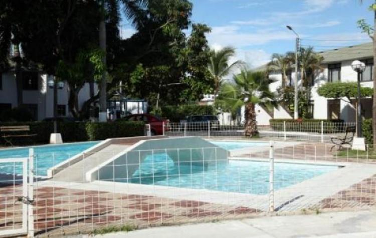 Vendo casa con piscina en girardot a 5 minutos de for Piscinas de carrefour