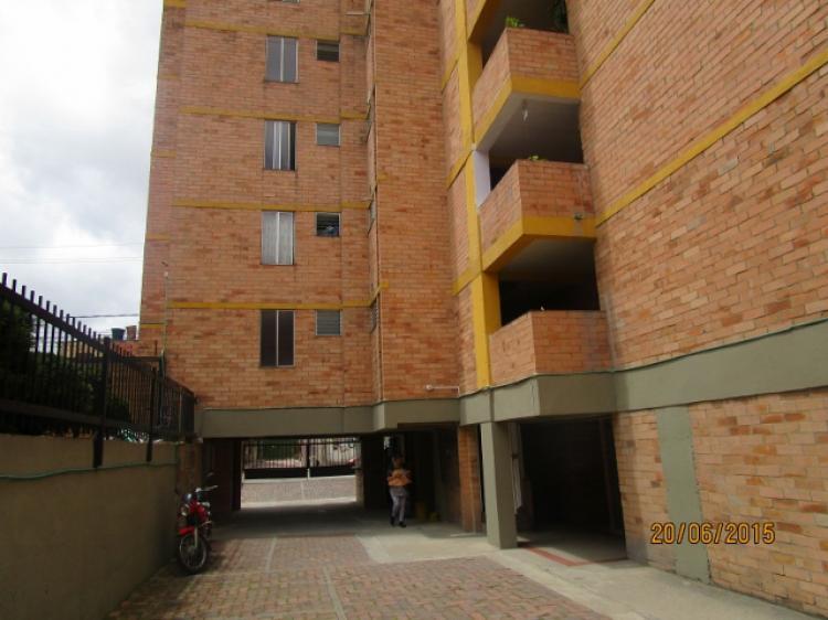 Se vende apto barrio norte con garage y deposito exclusivo for Garage con deposito