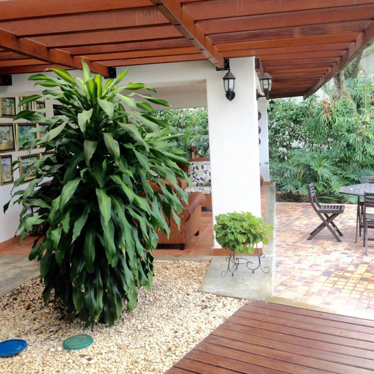 Vendo casa campestre en condominio ciudad jardin cali for Casas para la venta en ciudad jardin cali colombia
