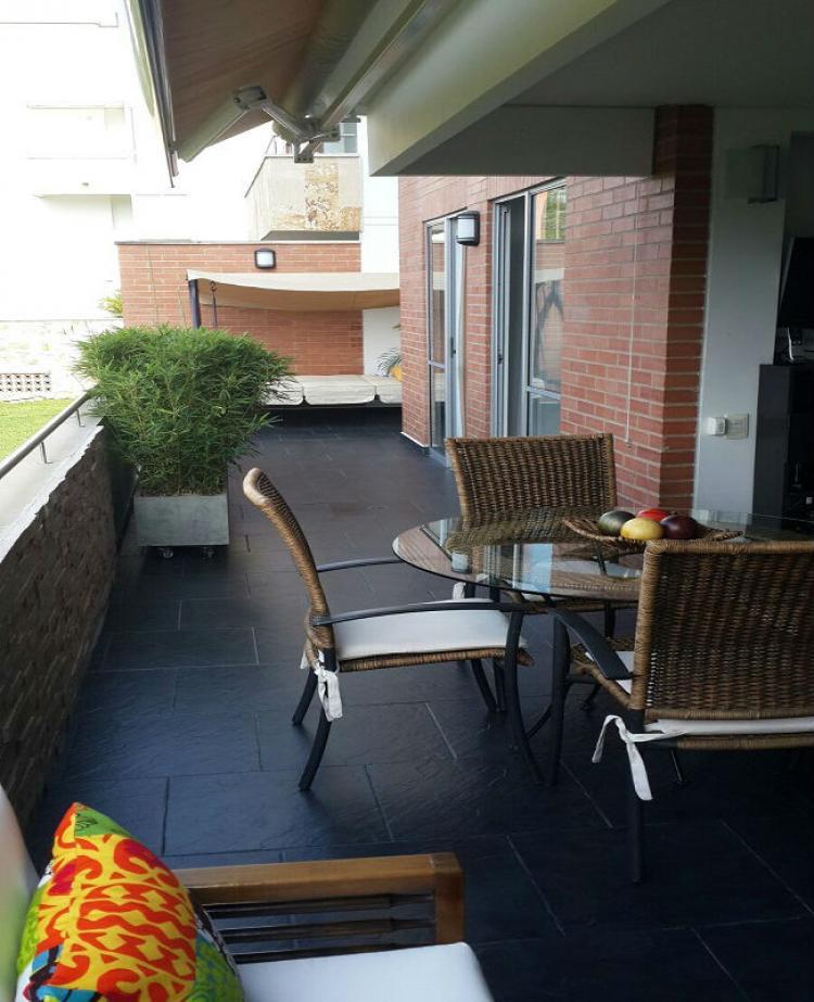 Vendo hermoso apartamento en ciudad jardin cali colombia for Casas en ciudad jardin cali para la venta