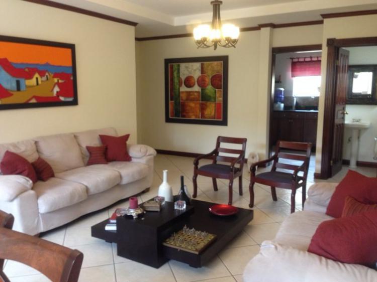 lindo y centrico apartamento finos acabados 3 amplias