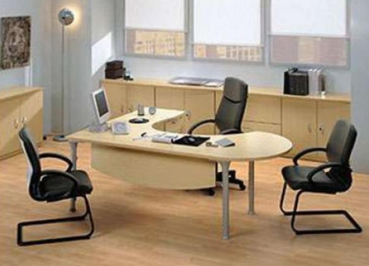 Oficinas elegantes alrededores heredia ofa2557 for Mobiliario de oficina moderno