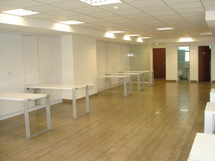 De oficinas de lujo por estrenar eda15807 for Oficinas de lujo
