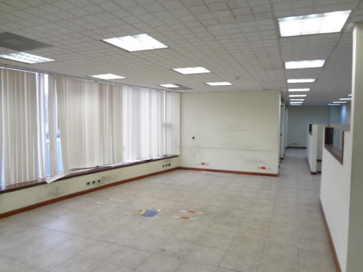 Fotos de oficinas de 270 metros en edificio de lujo for Oficinas de lujo