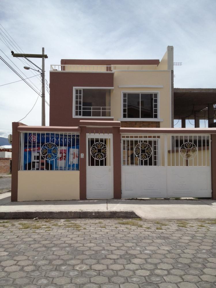 Casa esquinera por estrenar sector residencial norte cav10050 - Casas en quito ecuador ...