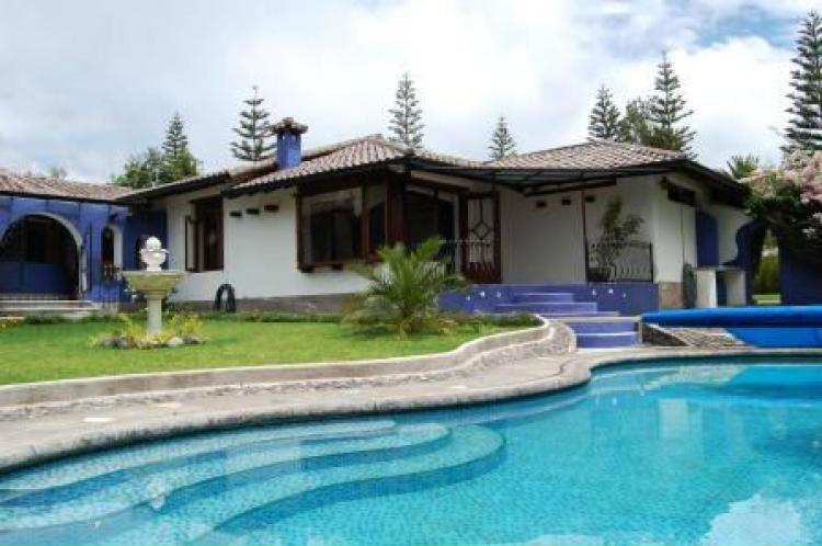 Magnifica casa con encanto semi amoblada todo incluido tumbaco quito caa15408 - Casas en quito ecuador ...