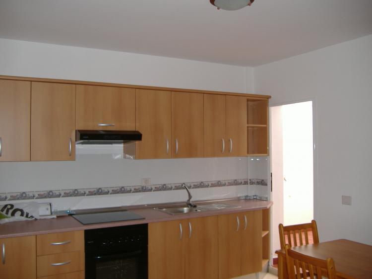 Fotos de piso en alquiler en la victoria de acentejo for Anuncio alquiler piso