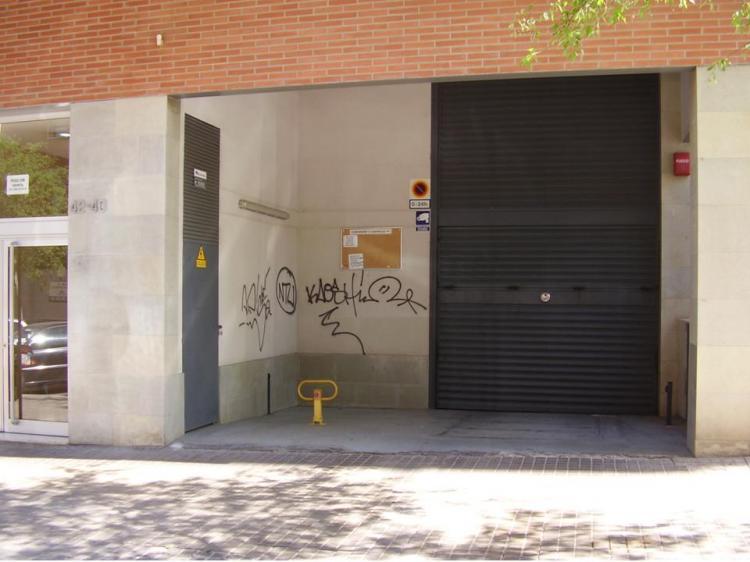 Garaje en alquiler en barcelona vall d 39 hebron mundet 90 for Alquiler garaje barcelona