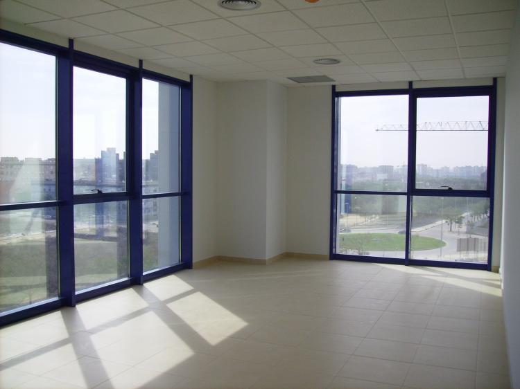 Oficina en venta en sevilla sevilla ofv2723 for Oficinas cajasol sevilla