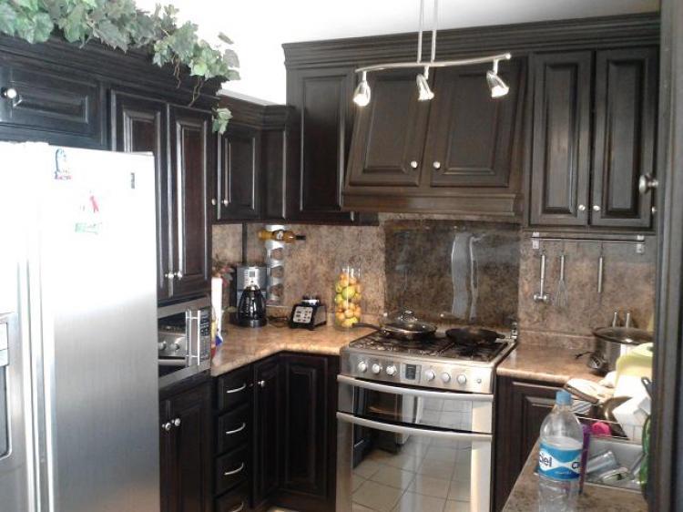 Preciosa casa en venta 3 recamaras muy cerca de todo for Vitropiso para cocina