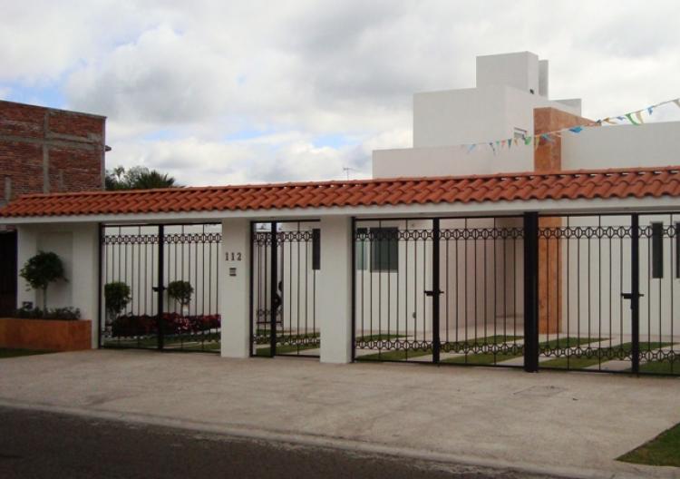 Casa estilo contemporaneo cav21717 for Estilo contemporaneo casas