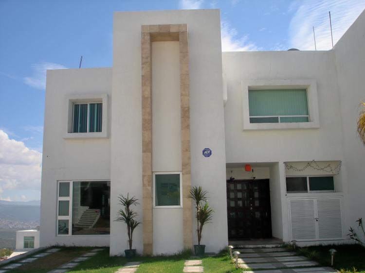 Vendo casa en leon gto gran jard n trato directo cav7032 for Casas en renta en gran jardin leon gto