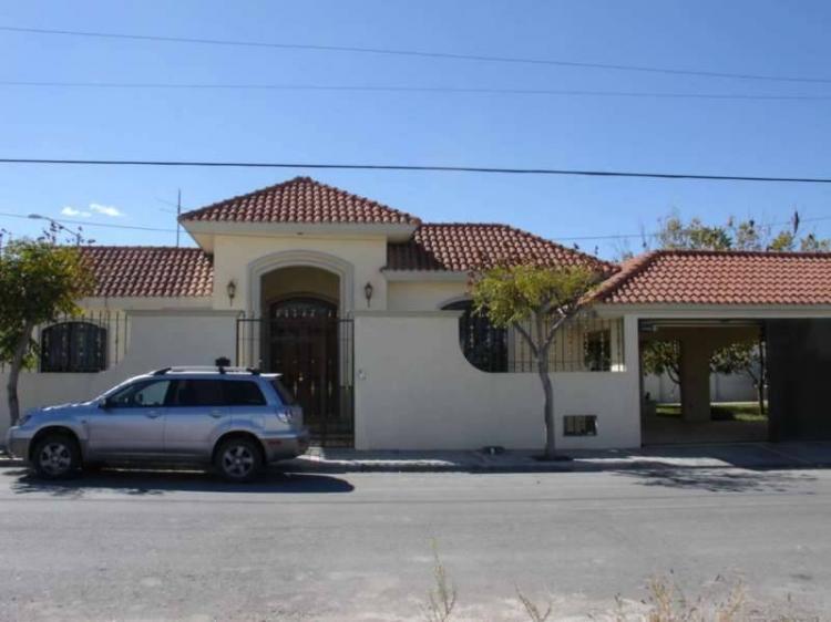 Casa en renta en saltillo 4 recamaras 30000 car4181 for Renta de casas en saltillo