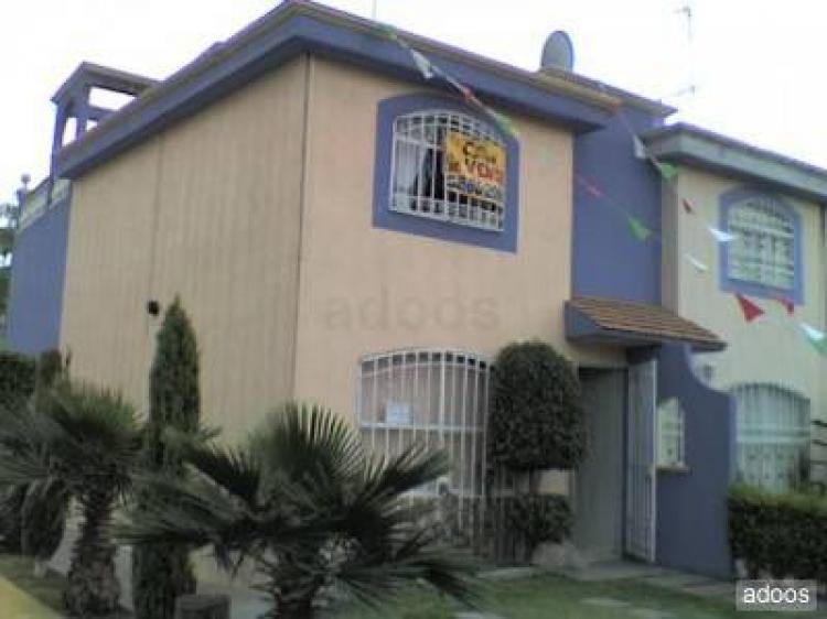 Casa en 3 niveles privada en jardines de san miguel 2 for Casa de jardin varca goa