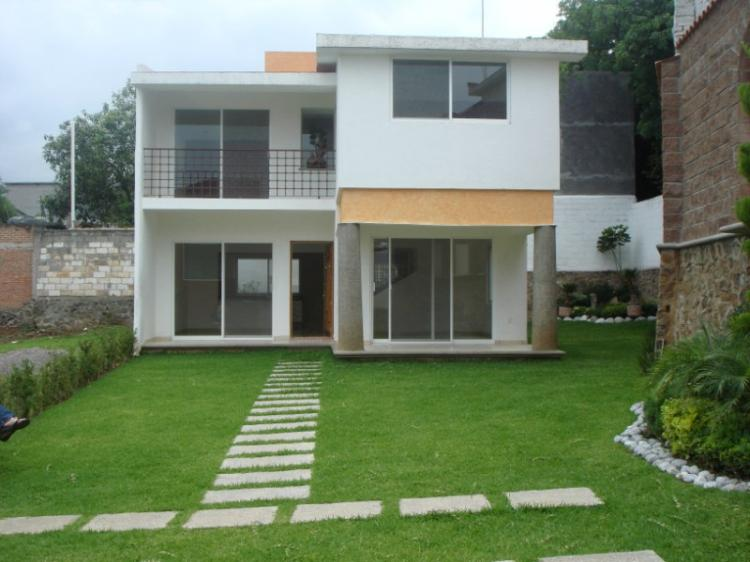 Casas en venta en cuernavaca modernas minimalistas cav24178 for Casas para jardin baratas