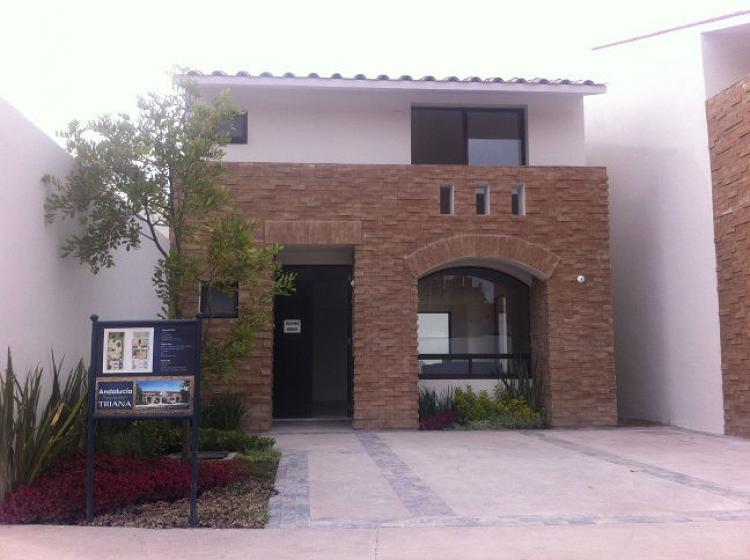 39 casas nuevas frac privado cumbres del lago juriquilla for Casas modernas juriquilla