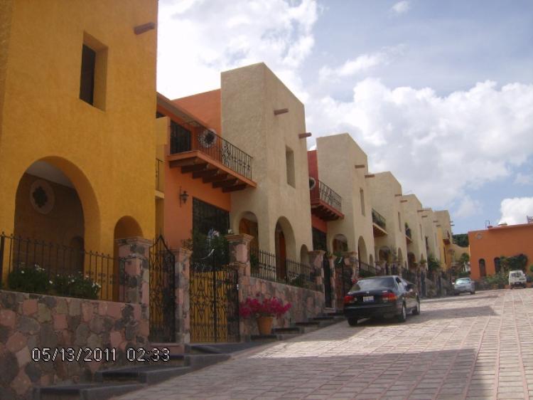 Residencial miraflores cav44441 for Alquiler de casas en san miguel ciudad jardin