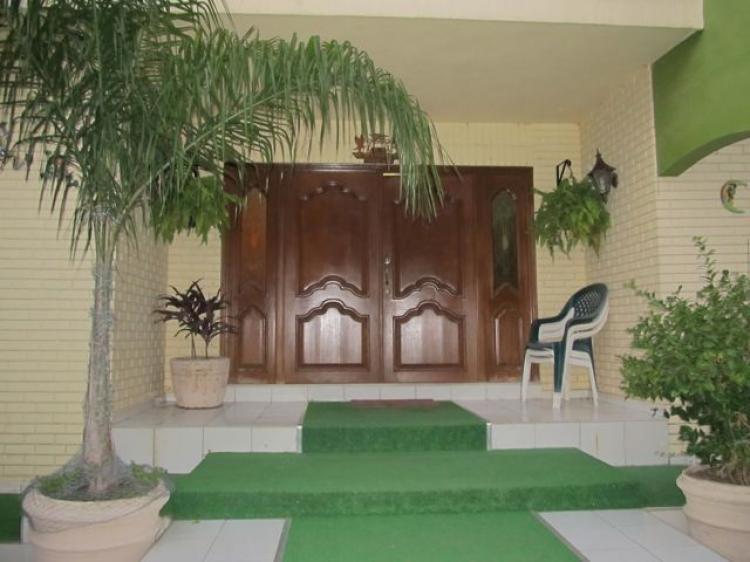Gimnasio Baños Lupita:Foto Preciosa Residencia en Venta en Guadalupe CAV66585