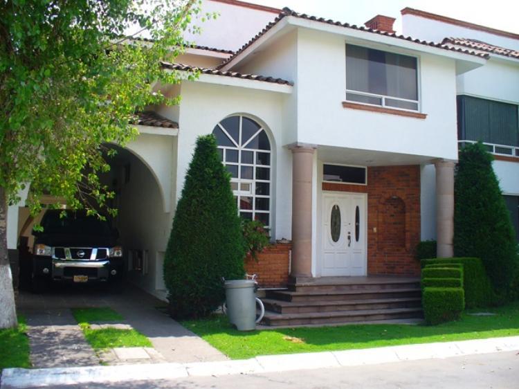 Vendo casa residencial balmoral metepec edo de mexico for Residencial casas jardin
