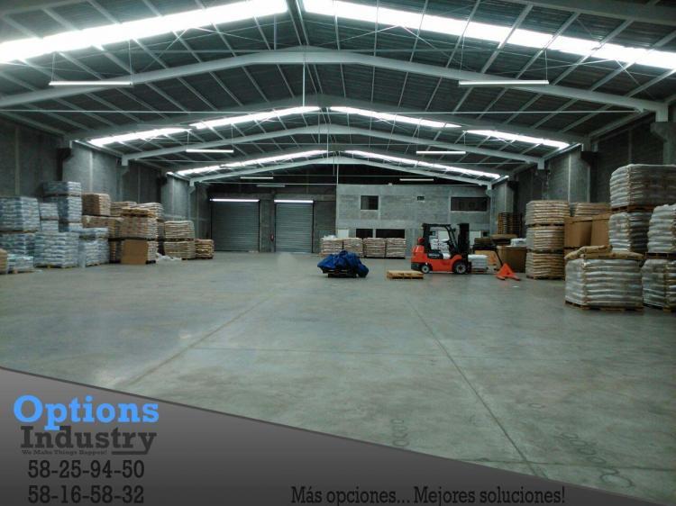 Bodega topochico limites de monterrey y san nicolas bov121914 for Casas de renta en monterrey economicas