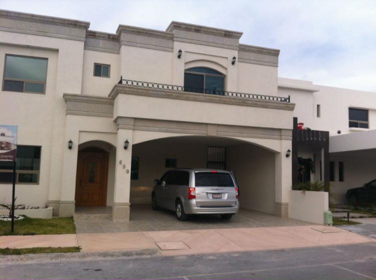 Casa venta col latinoamericana saltillo coahuila cav11585 for Renta de casas en saltillo