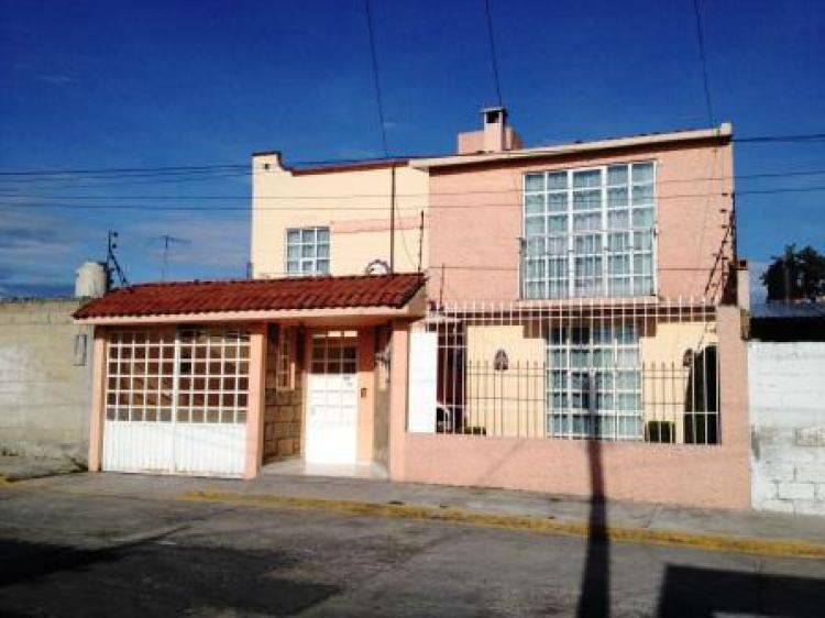 Bonita casa en renta con recamaras amplias f cil salida a for Casas en renta df