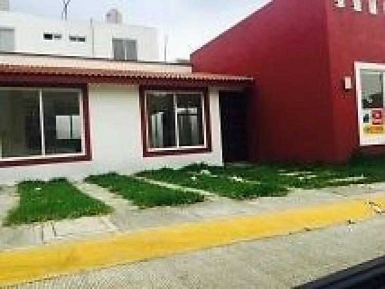 Bonitas casas en cordoba fracc privado cerca de plaza for Inmobiliarias cordoba
