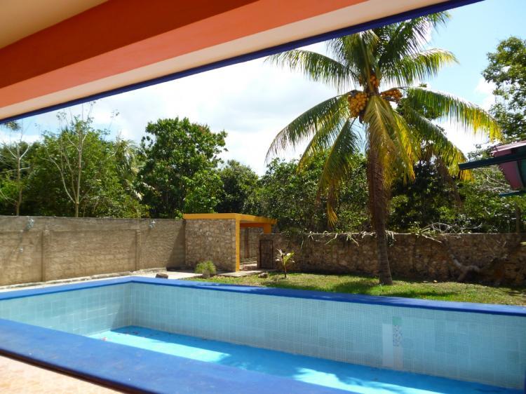 Casa amueblada en renta en zona norte de merida 3 for Piscina zona norte avila