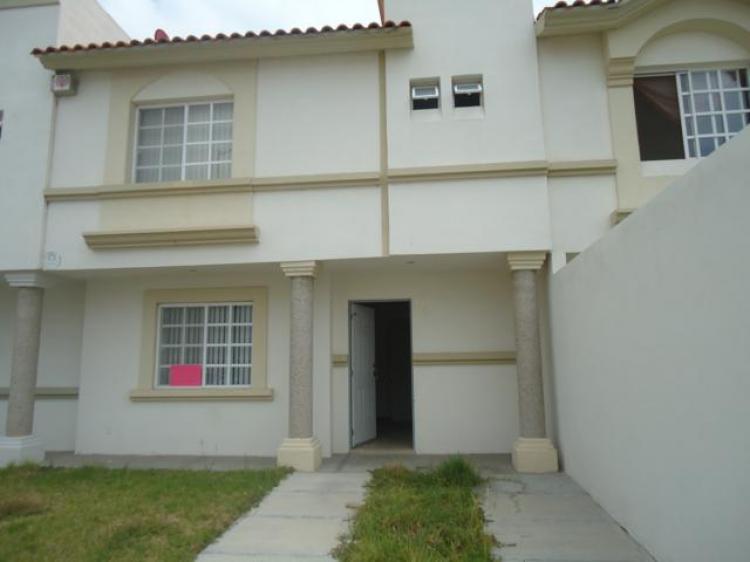 Casa amueblada en renta irapuato gto car108345 for Casas en renta en irapuato