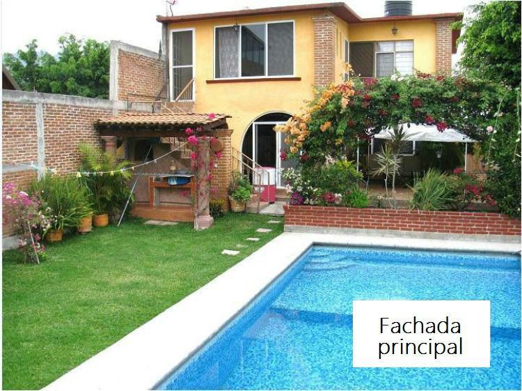 Casa con alberca en venta en oaxtepec cav90413 for Imagenes de casas pequenas con alberca