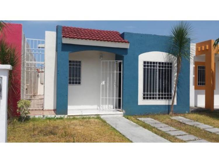 Fotos de casa con excelente mtto en venta santa fe cancun for Casas de diseno santa fe