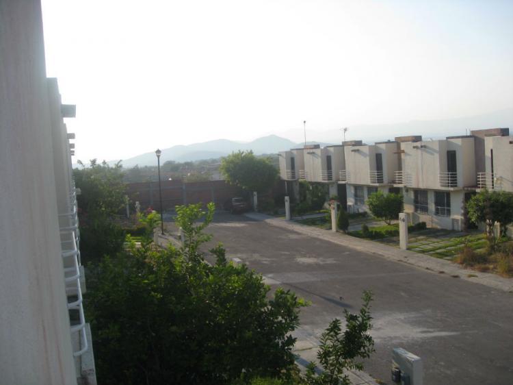Casa en venta en chiconcuac fraccionamiento lomas del for Casas de tres recamaras