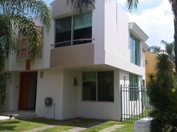 Casa en coto dentro de jardin real cav140012 for Casas en jardin real