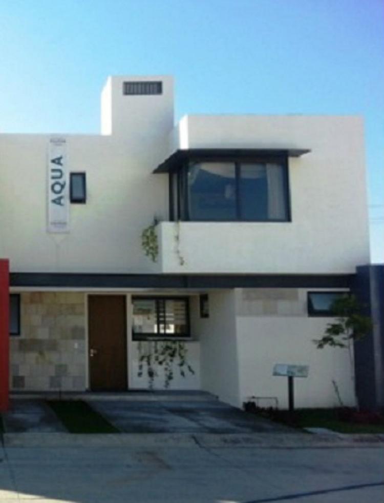 Casa en espacio del valle a un costado de valle real for Espacio casa online