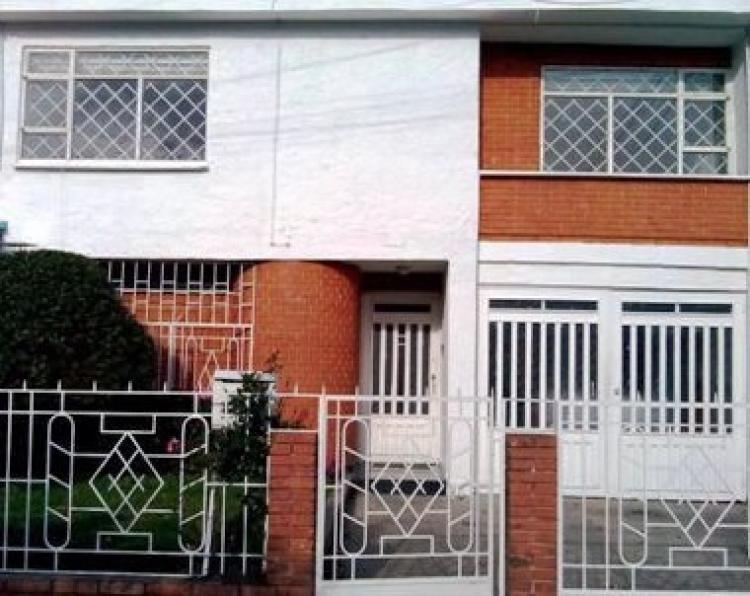 Casa en jard n balbuena cav136297 for Casas en jardin balbuena