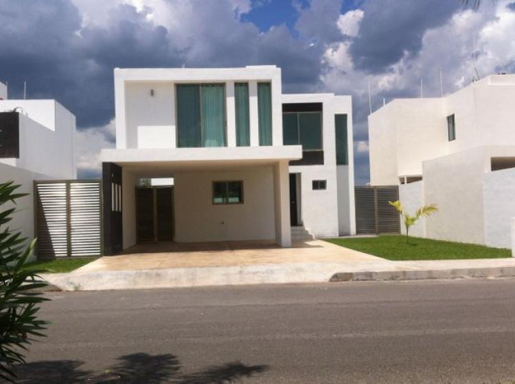 Casa en renta 3 recamaras alberca en una privada con for Costo de una alberca en casa