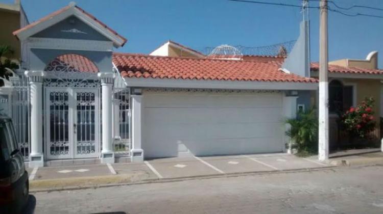 Casa En Renta En Lomas De Mazatlan Car127331